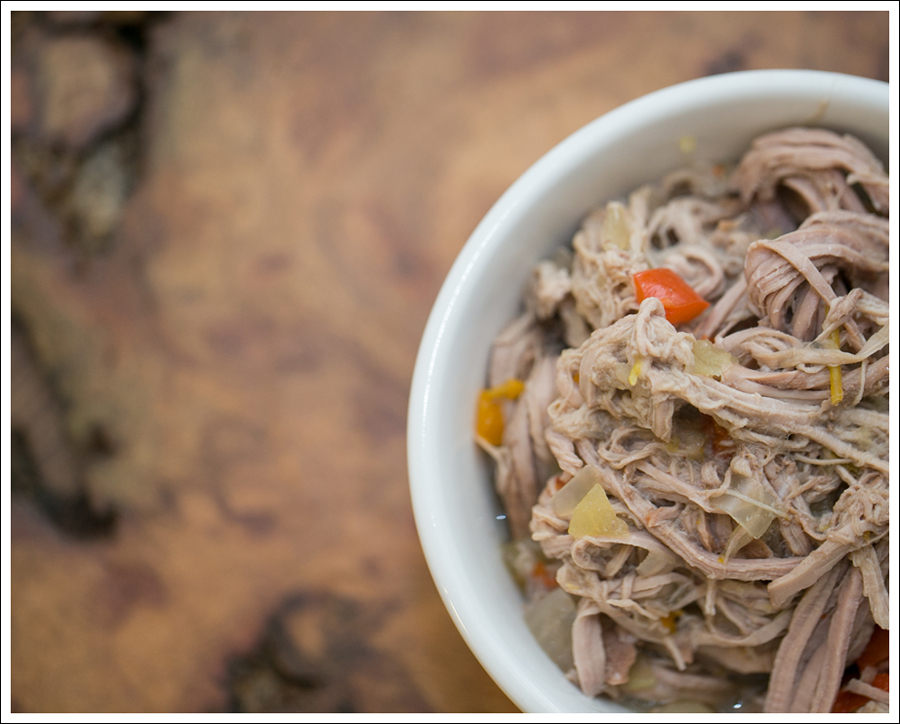 Blog Paleo Crock Pot Slow Cooker Pulled Pork with Apples Onions and Peppers-1