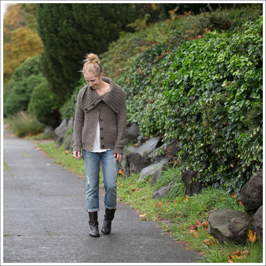 Blog Theory Tootsie Tweed Sweater 7FAM Josefina Cropped Skinny Destroyed Boyfriend Jeans Frye Short Boot-1