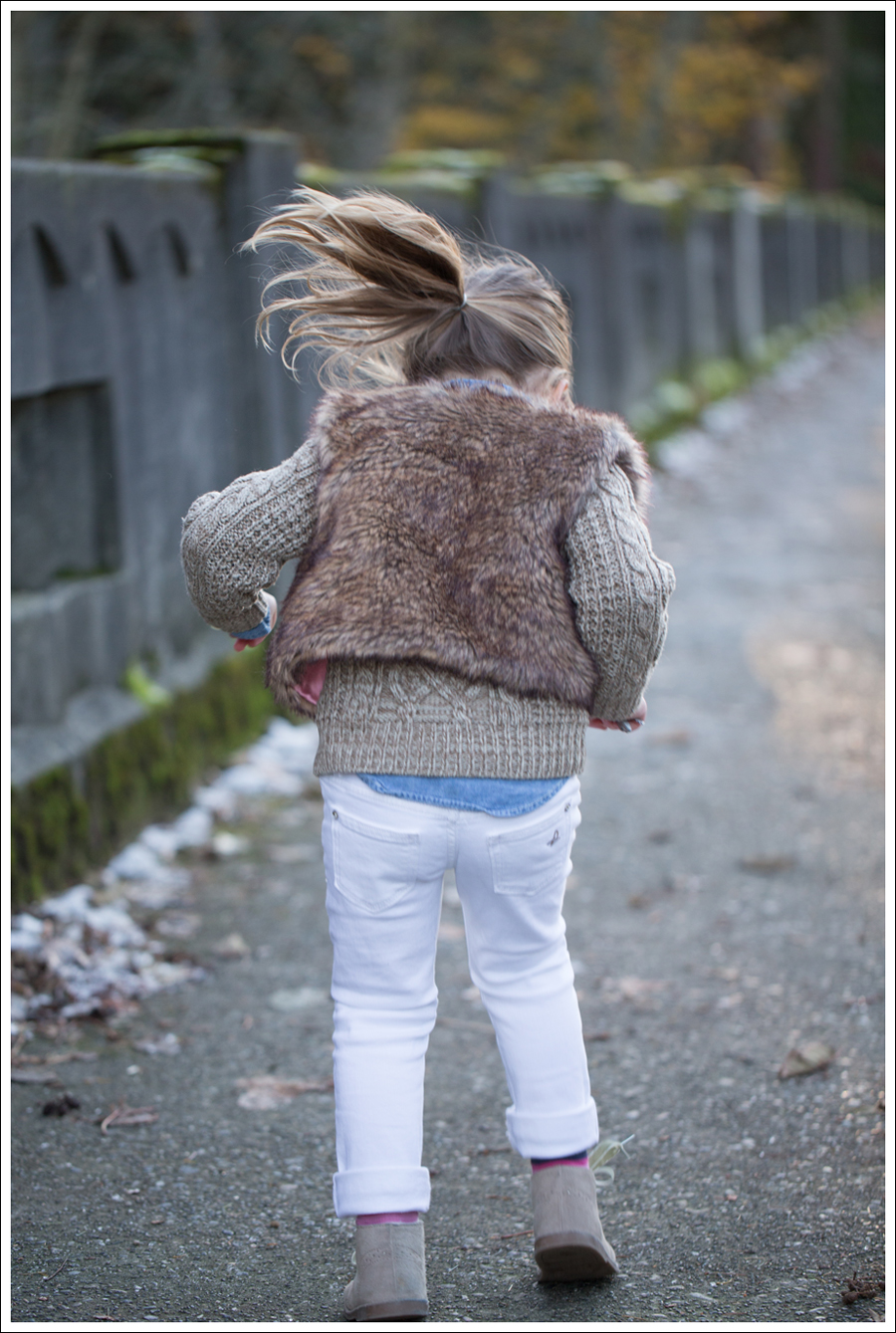 Blog Faux Fur Vest DL1961 Chloe Whiteley-8