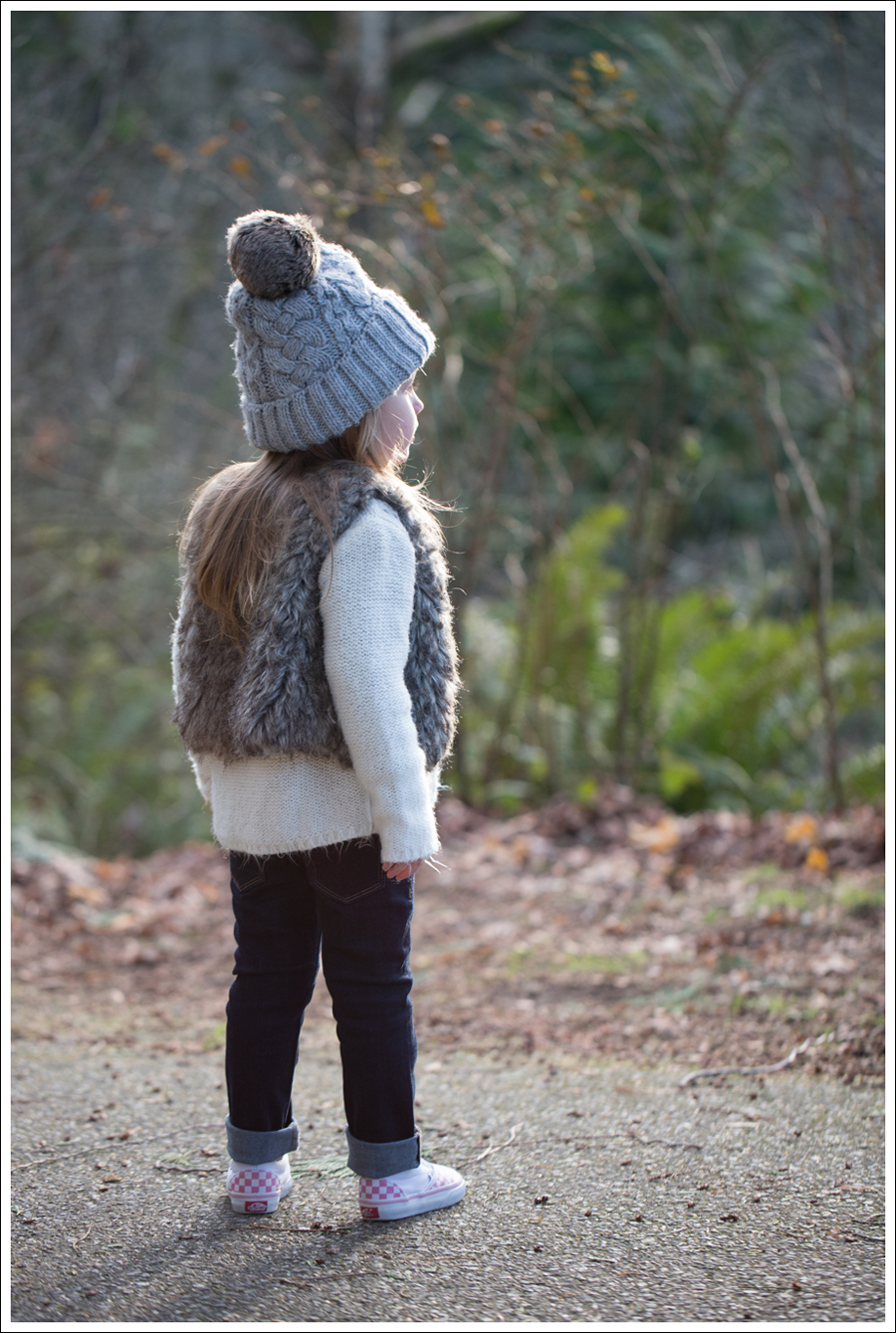 Blog HM Hat Old Navy faux fur vest cardigan Little Boogaweezin DL1961 Chloe Rafaeli Pink Checked Vans-1