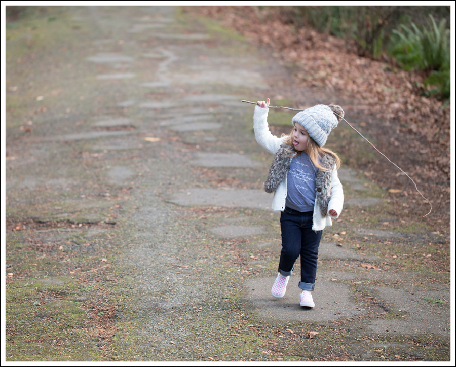 Blog HM Hat Old Navy faux fur vest cardigan Little Boogaweezin DL1961 Chloe Rafaeli Pink Checked Vans-10