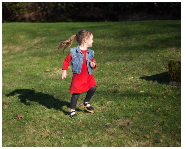 Blog Gap Denim Vest HM Red Zip Dress Levis Jeggings Sven Mary Jane Toddler Clogs-9