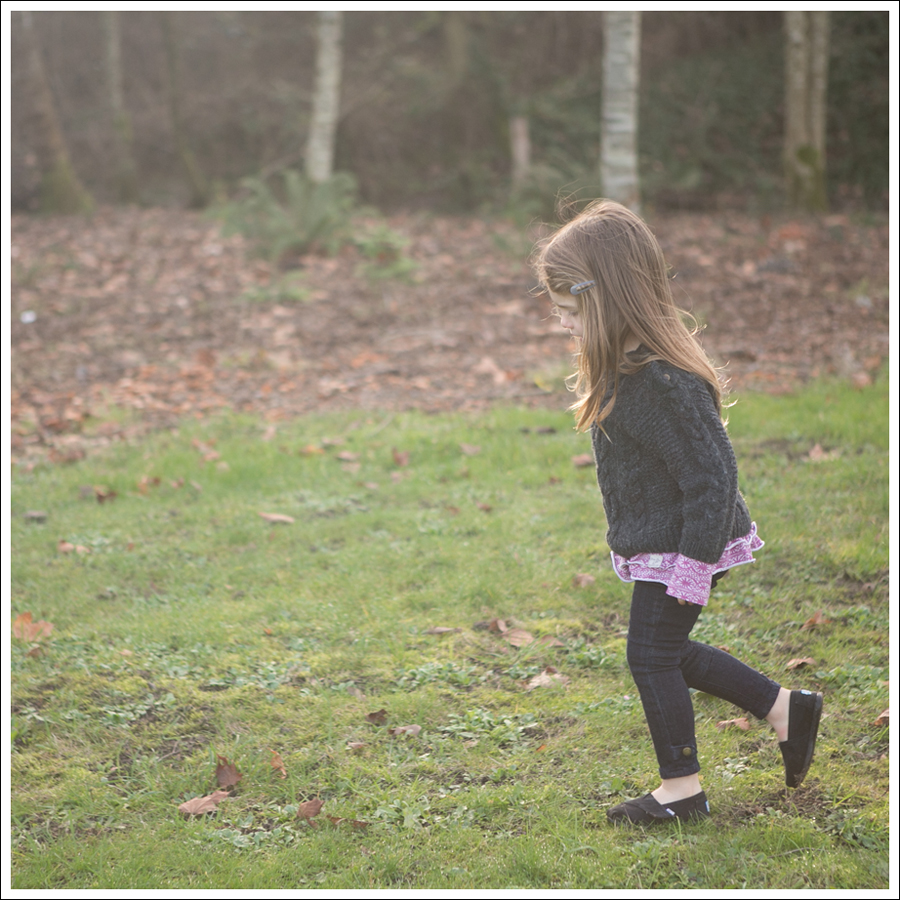 Blog Gray GapKids Fishermans Sweater Naartjie Pink Top Ralph Lauren Moto Jeans Black Toms-4