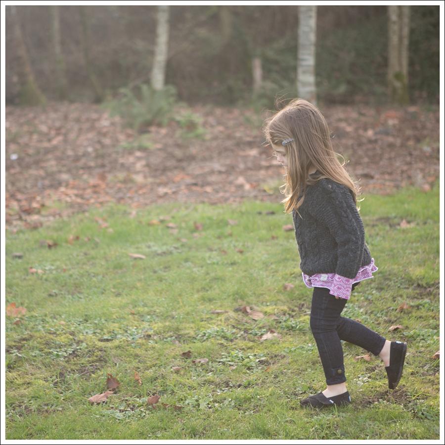 Blog Gray GapKids Fishermans Sweater Naartjie Pink Top Ralph Lauren Moto Jeans Black Toms-4