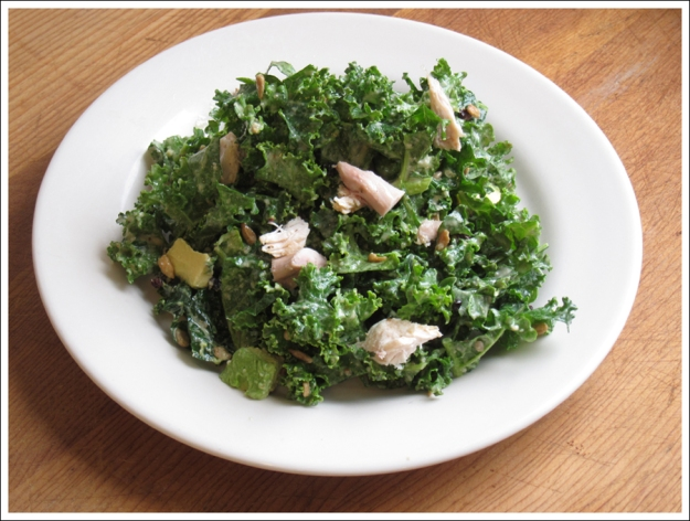 Blog kale chicken avocado salad-2