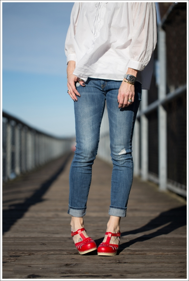 Blog See by Chloe White Boho Vince destroyed Skinny Jeans Sven Lacy Clog-2