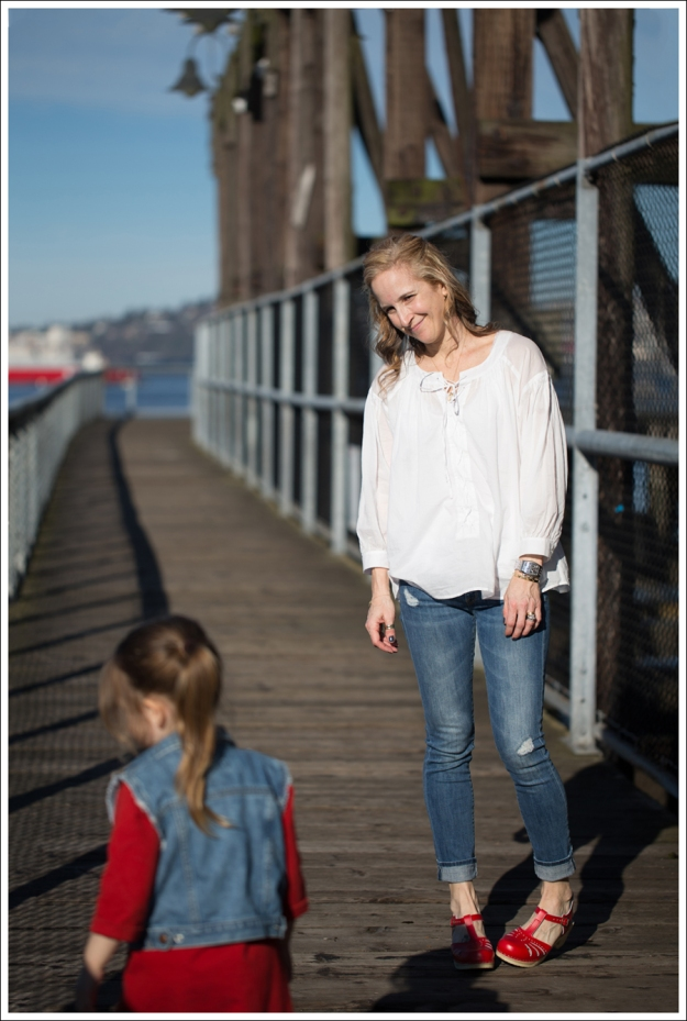 Blog See by Chloe White Boho Vince destroyed Skinny Jeans Sven Lacy Clog-3