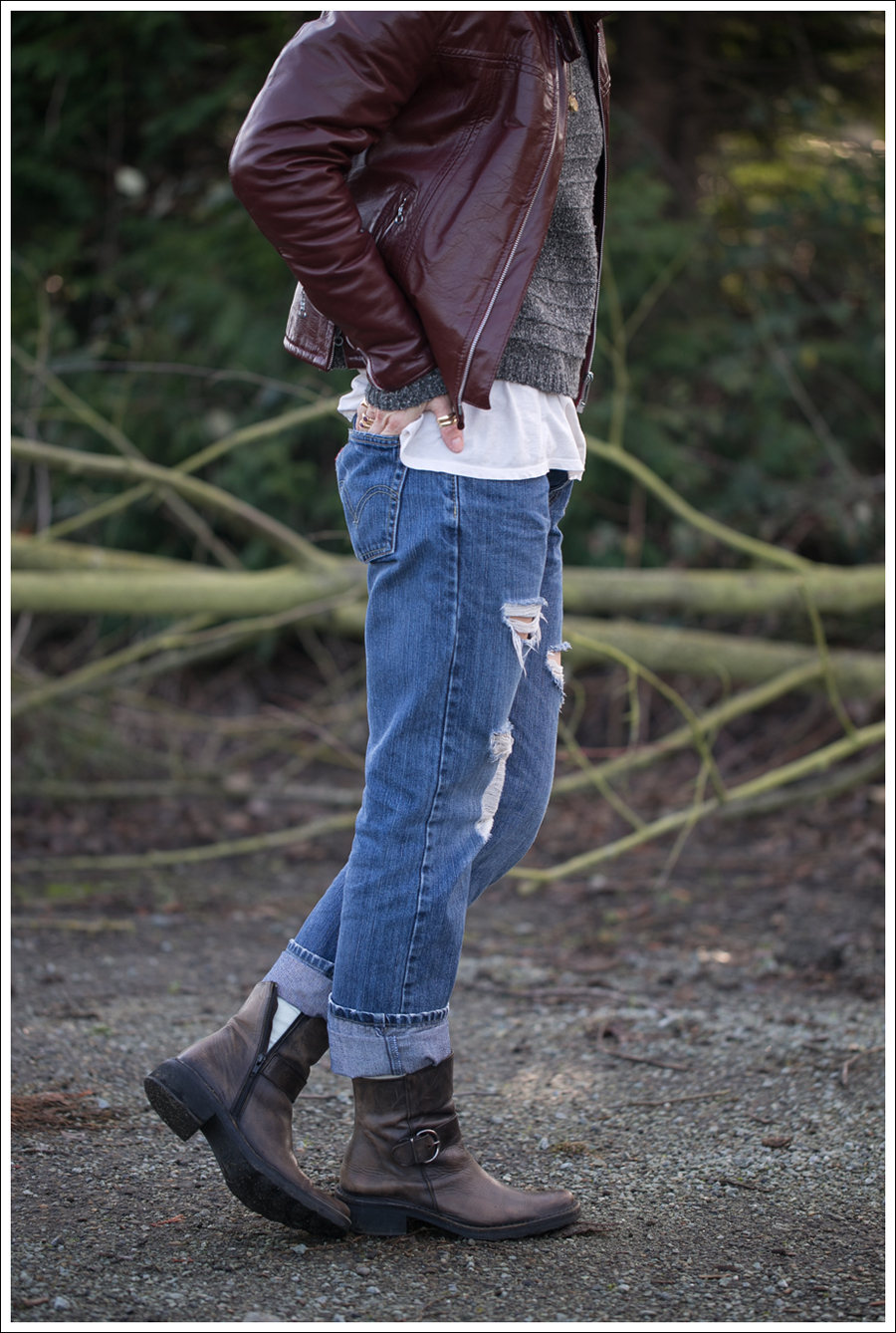 Blog Vintage leather Jacket StyleMint Carrington Sweater Destroyed Levis 514 Cafe Noire Boots-3