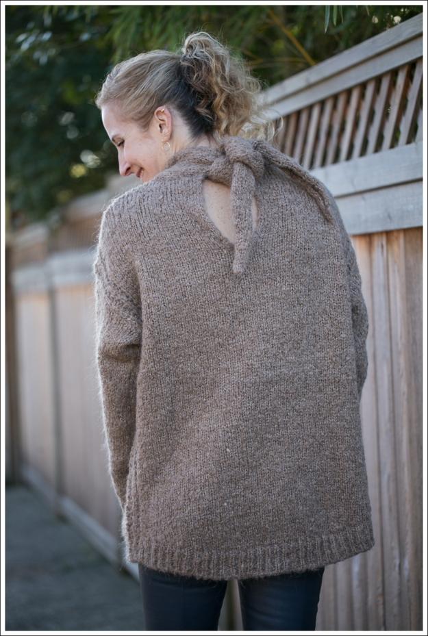 Blog Zara Chuncky Tie Back Sweater Vince Skinny Crop Leather leggings Coastal Sam Edelman Petty Booties-4