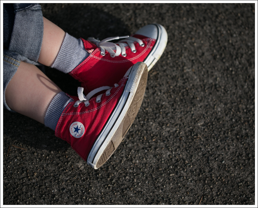 Blog Ahoy Amigo Always Hungry Raglan Levis Red Converse High Tops-21