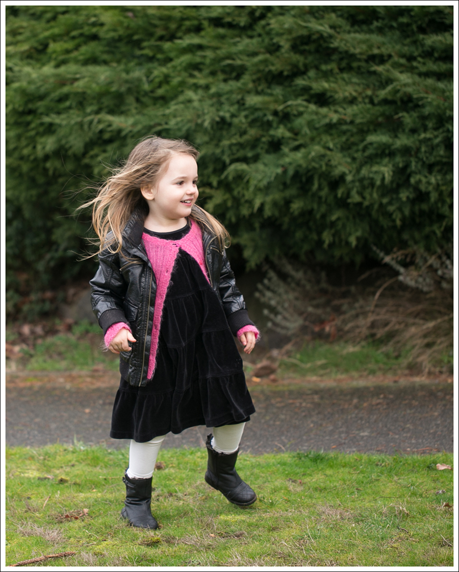 Blog HM Faux Leather Jacket Il etait une fee Cardigan Hanna Andersson Black Velour Twirl Dress Mexx Booties-4