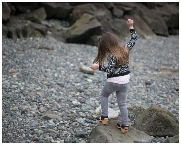 Blog HM Zebra Cardigan Gapkids Tee Gray Mini Skinny DIY destroyed Jeans Sven Toddler Mary Jane Ankle Strap Clogs-13