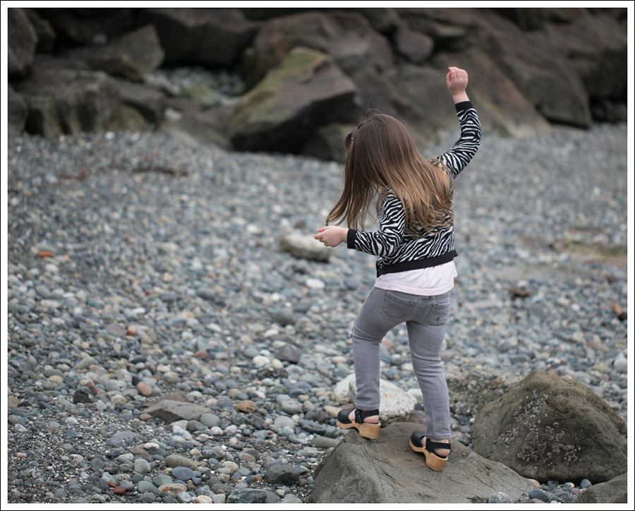 Blog HM Zebra Cardigan Gapkids Tee Gray Mini Skinny DIY destroyed Jeans Sven Toddler Mary Jane Ankle Strap Clogs-13