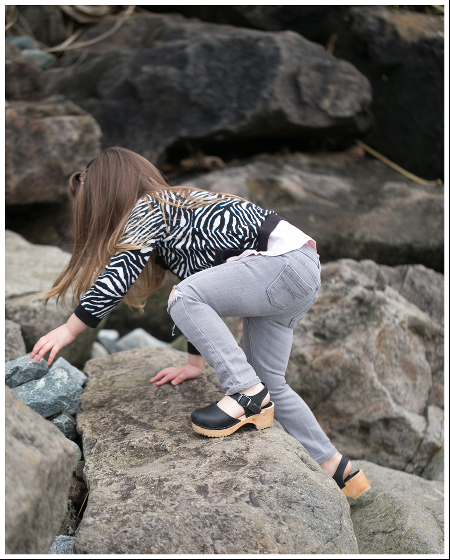 Blog HM Zebra Cardigan Gapkids Tee Gray Mini Skinny DIY destroyed Jeans Sven Toddler Mary Jane Ankle Strap Clogs-15