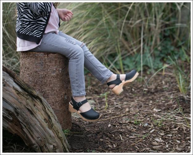 Blog HM Zebra Cardigan Gapkids Tee Gray Mini Skinny DIY destroyed Jeans Sven Toddler Mary Jane Ankle Strap Clogs-2