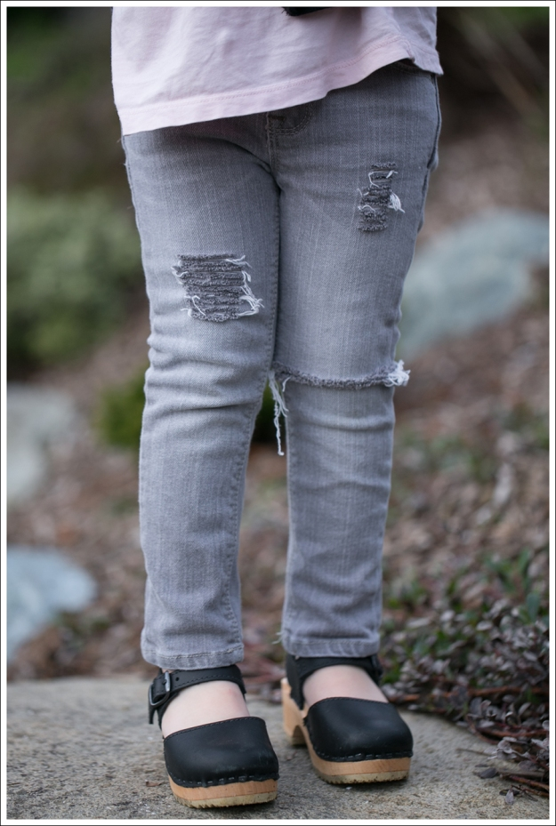Blog HM Zebra Cardigan Gapkids Tee Gray Mini Skinny DIY destroyed Jeans Sven Toddler Mary Jane Ankle Strap Clogs-3