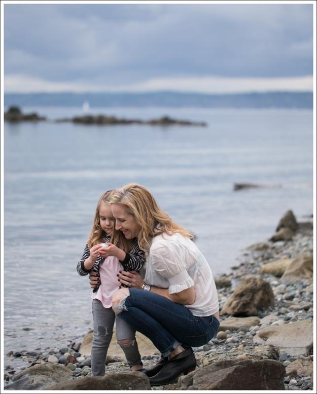Blog See by Chloe SS Boho Top Paige Skyline Skinny DIY Destroyed Jeans Frye Lisa Short Stitch Booties-3