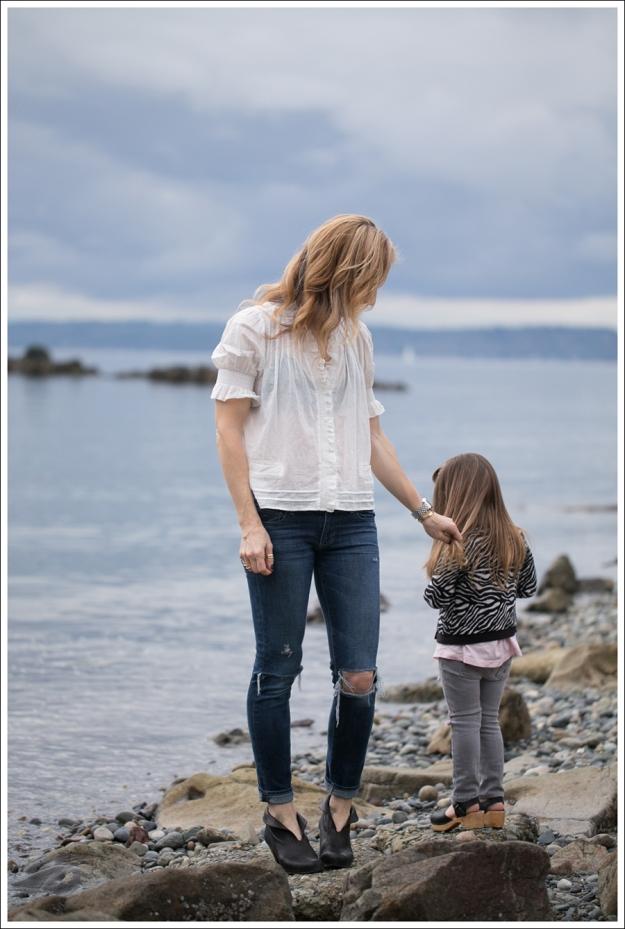 Blog See by Chloe SS Boho Top Paige Skyline Skinny DIY Destroyed Jeans Frye Lisa Short Stitch Booties-4