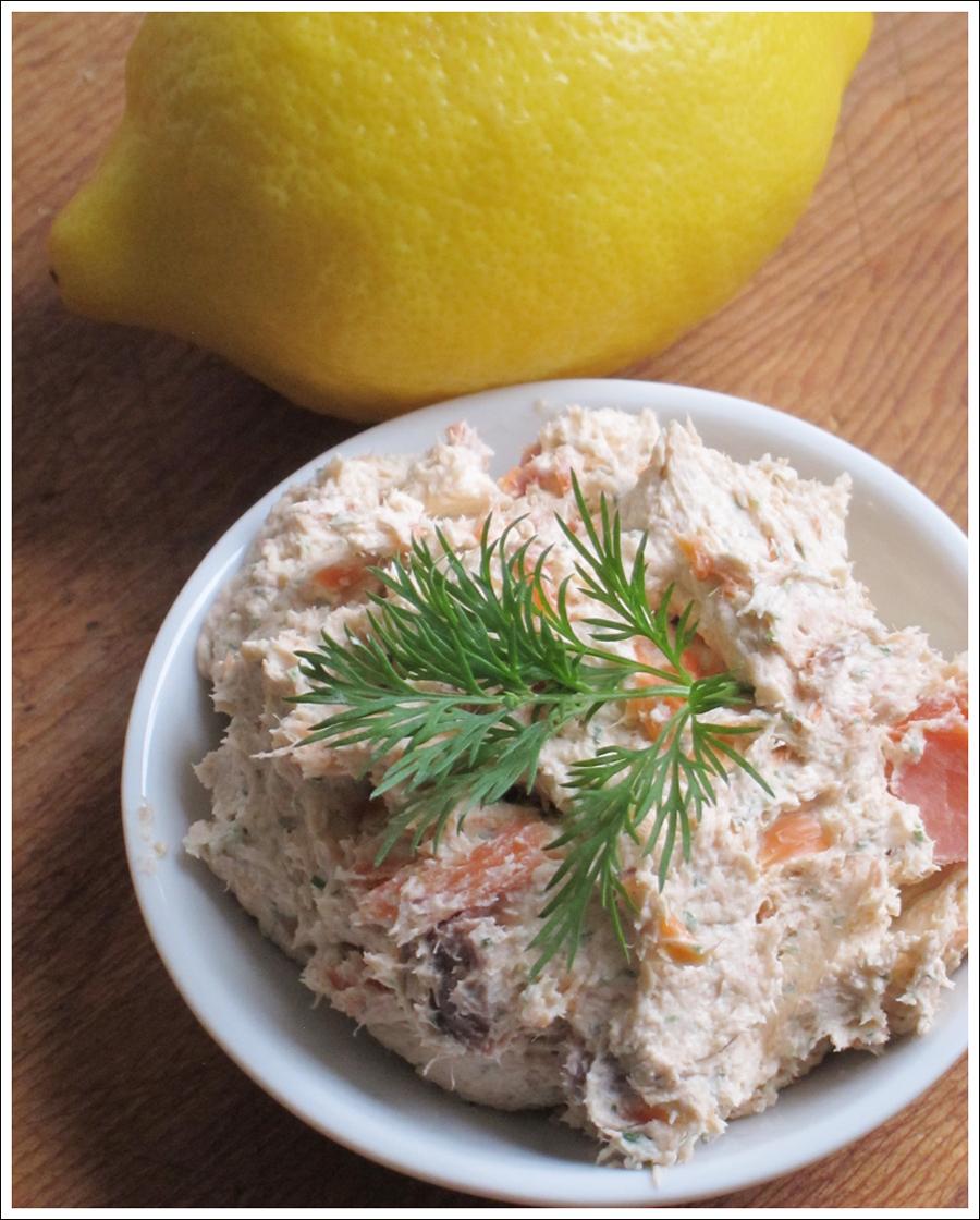 Blog smoked salmon dill dip-1