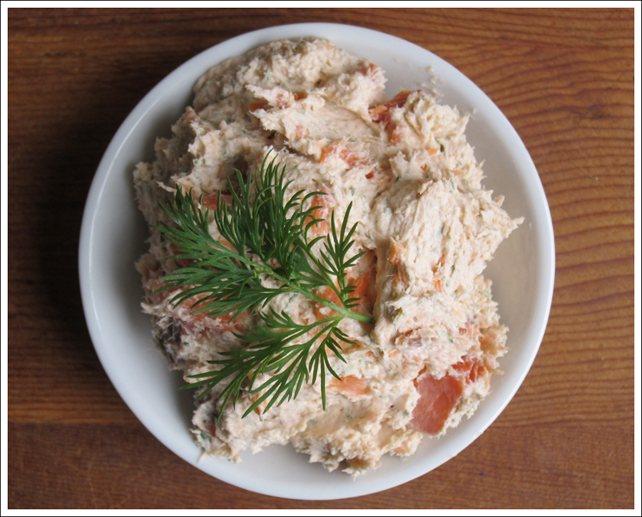 Blog smoked salmon dill dip-3
