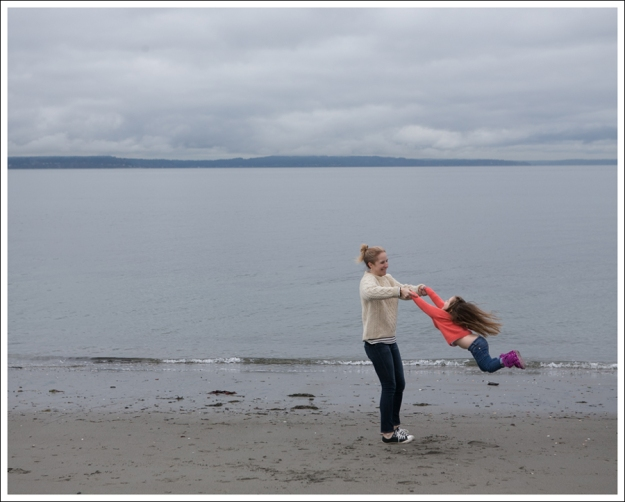 Blog Vintage Fishermans Sweater Paige Skyline Ankle Peg Lorelei Black Converse-7