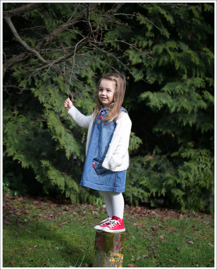 Blog Old Navy Cardigan Next Heart Dress Gapkids Leggings Red Converse High Tops-5
