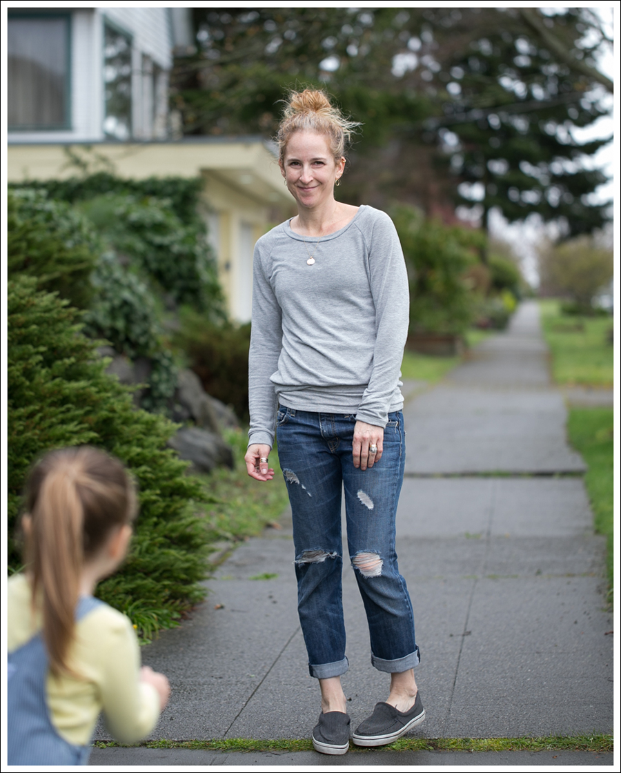 Blog StyleMint Sweatshirt Current Elliott Destroyed Boyfriend Jeans Airwalk Slip Ons-2