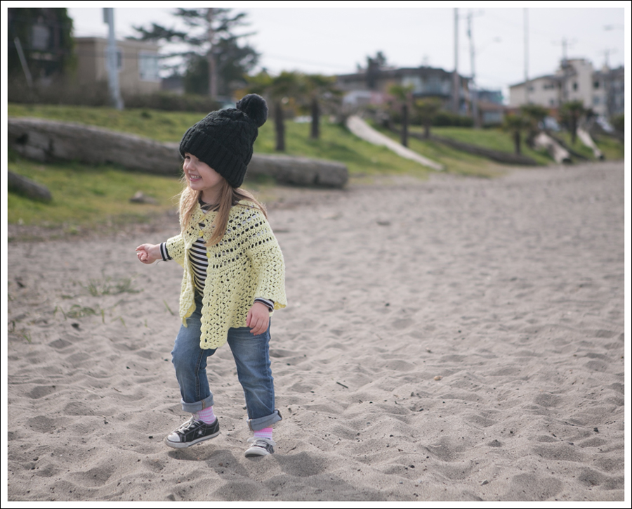 Blog Vintage Yellow Handknit Cardigan HM hat Tea Striped Tee Joes Jeans Black Converse-23