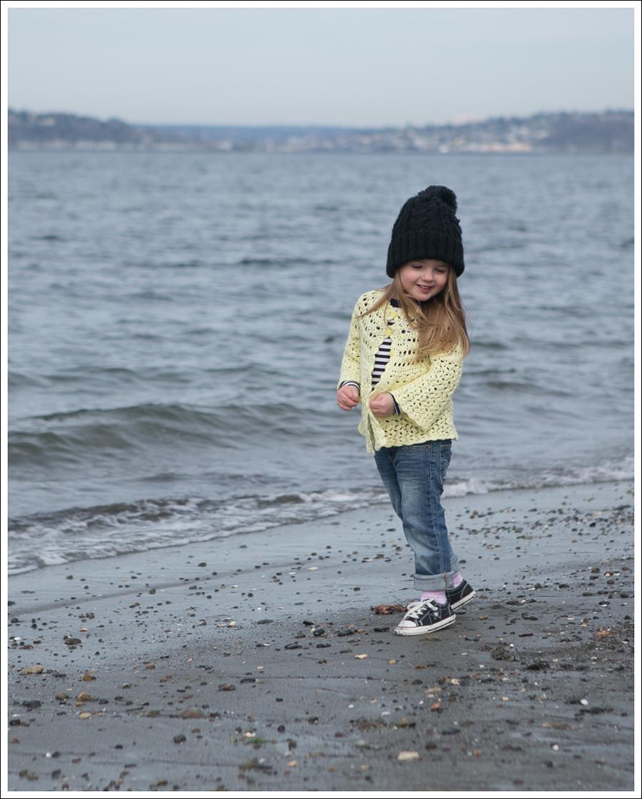 Blog Vintage Yellow Handknit Cardigan HM hat Tea Striped Tee Joes Jeans Black Converse-6