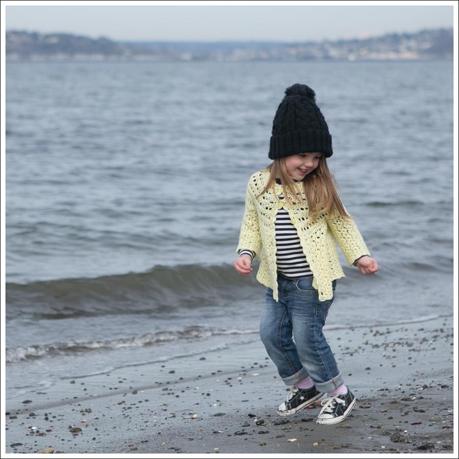 Blog Vintage Yellow Handknit Cardigan HM hat Tea Striped Tee Joes Jeans Black Converse-7