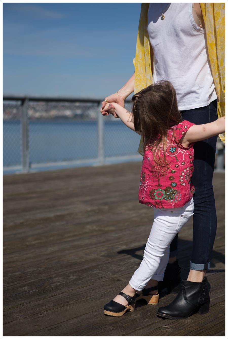 Blog Winter Kate Silk Kimono Zara Tank DL1961 Emma Cellar SixtySeven Booties-7