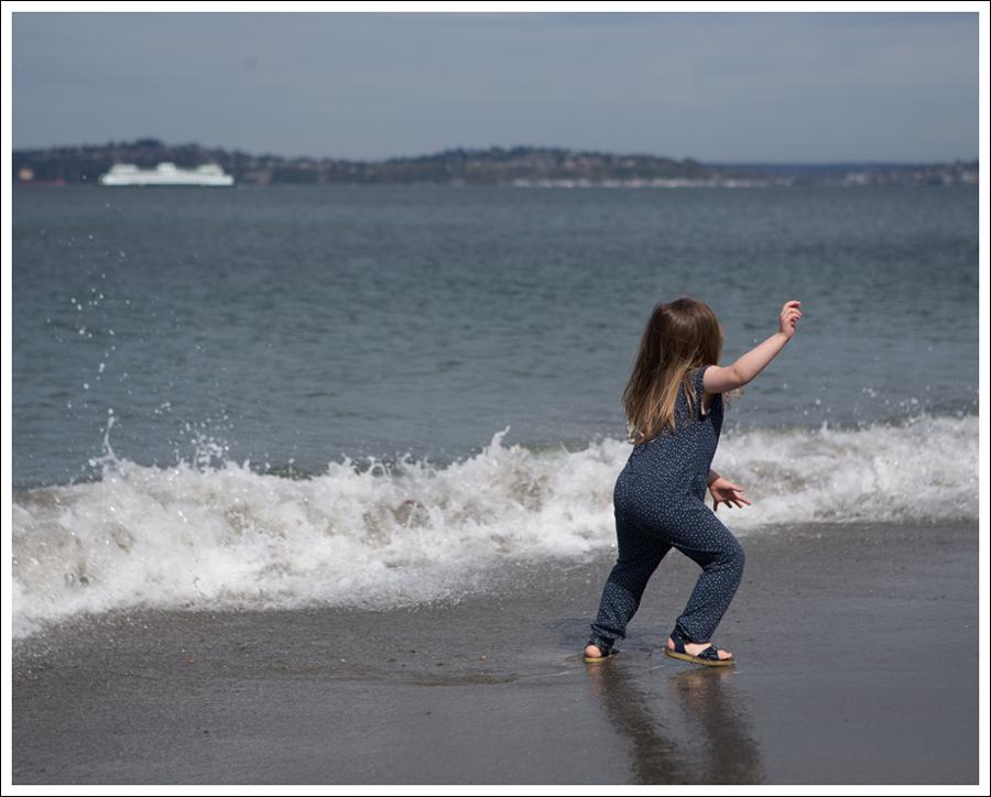 Blog GapKids Starry Romper Salt Water Surfer Sandal-12