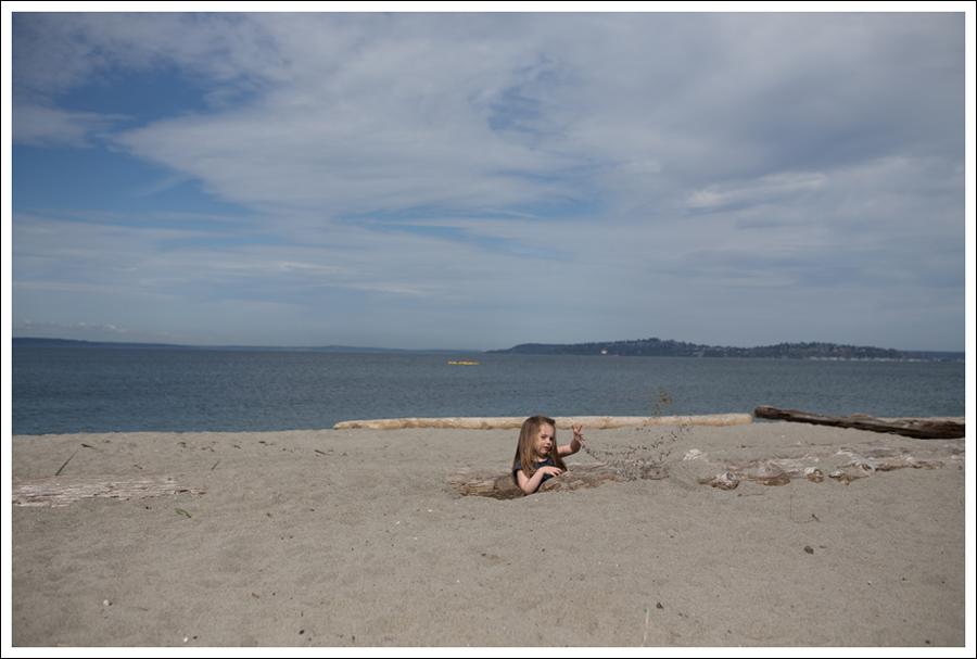 Blog GapKids Starry Romper Salt Water Surfer Sandal-6