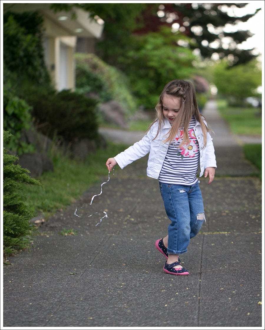Blog Gapkids White Denim Jacket Mini Boden Striped tee DIY ripped Levis KK Canvas Slippers-5