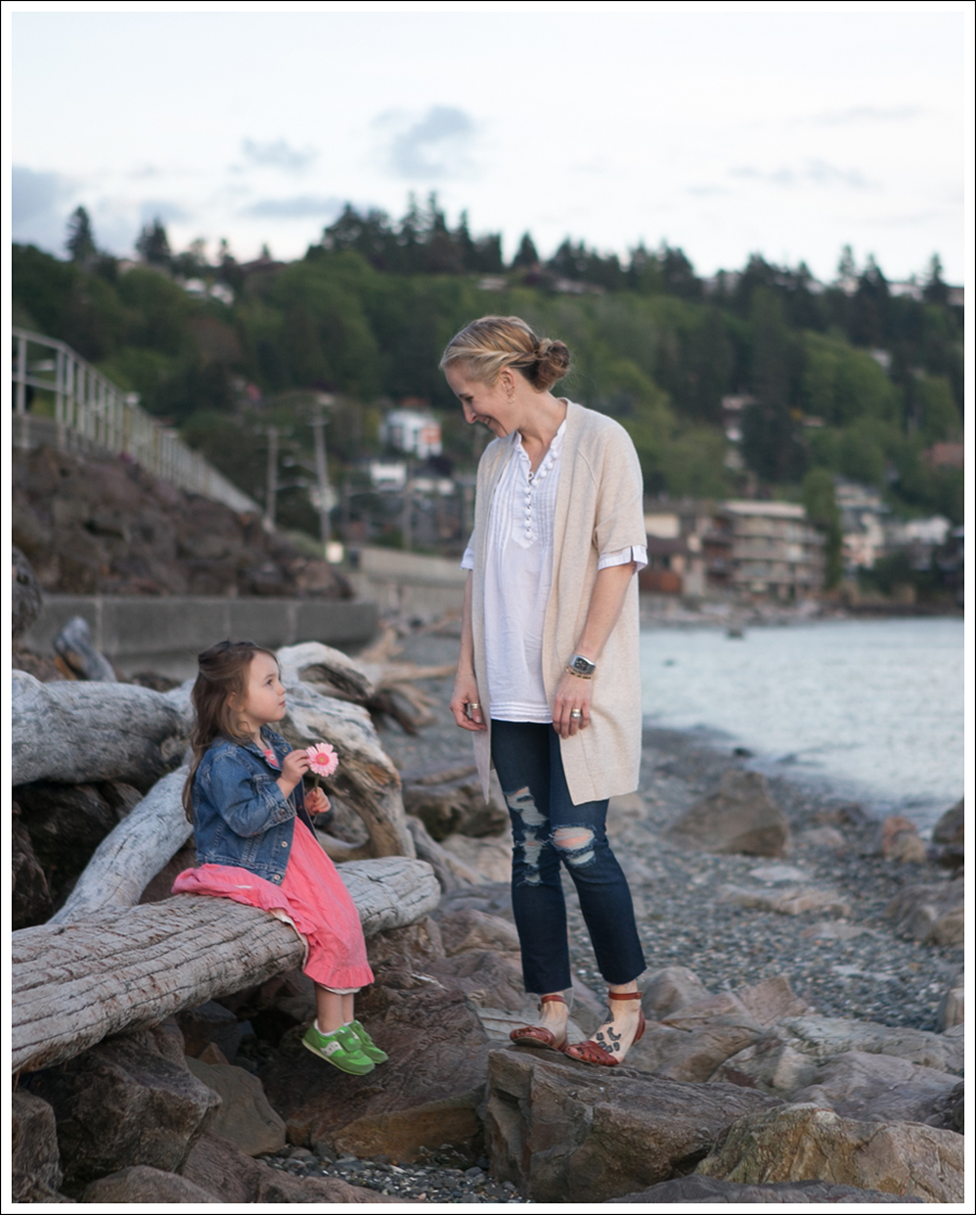 Blog Karoo Cashmere Cardigan Banana Republic Pom Pom Tunic J Brand Destroyed Skinny Mossimo Braided Sandals-10