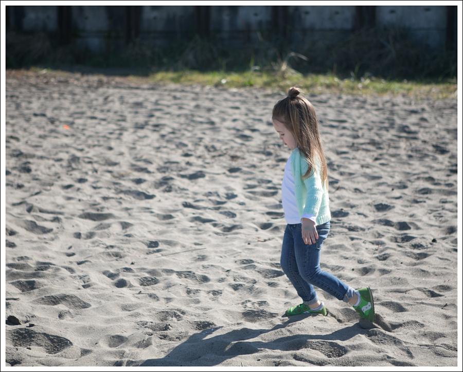 Blog Vintage HandKnit Cardigan Joes Jeans Skinny Lime Toddler Saucony Sneakers-1