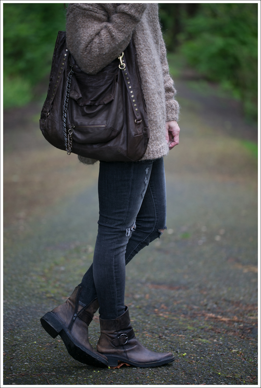 Blog Zara Tie Back Sweater Paige Destroyed Blue Heights Cafe Noir Boots Doma Leather Purse-3