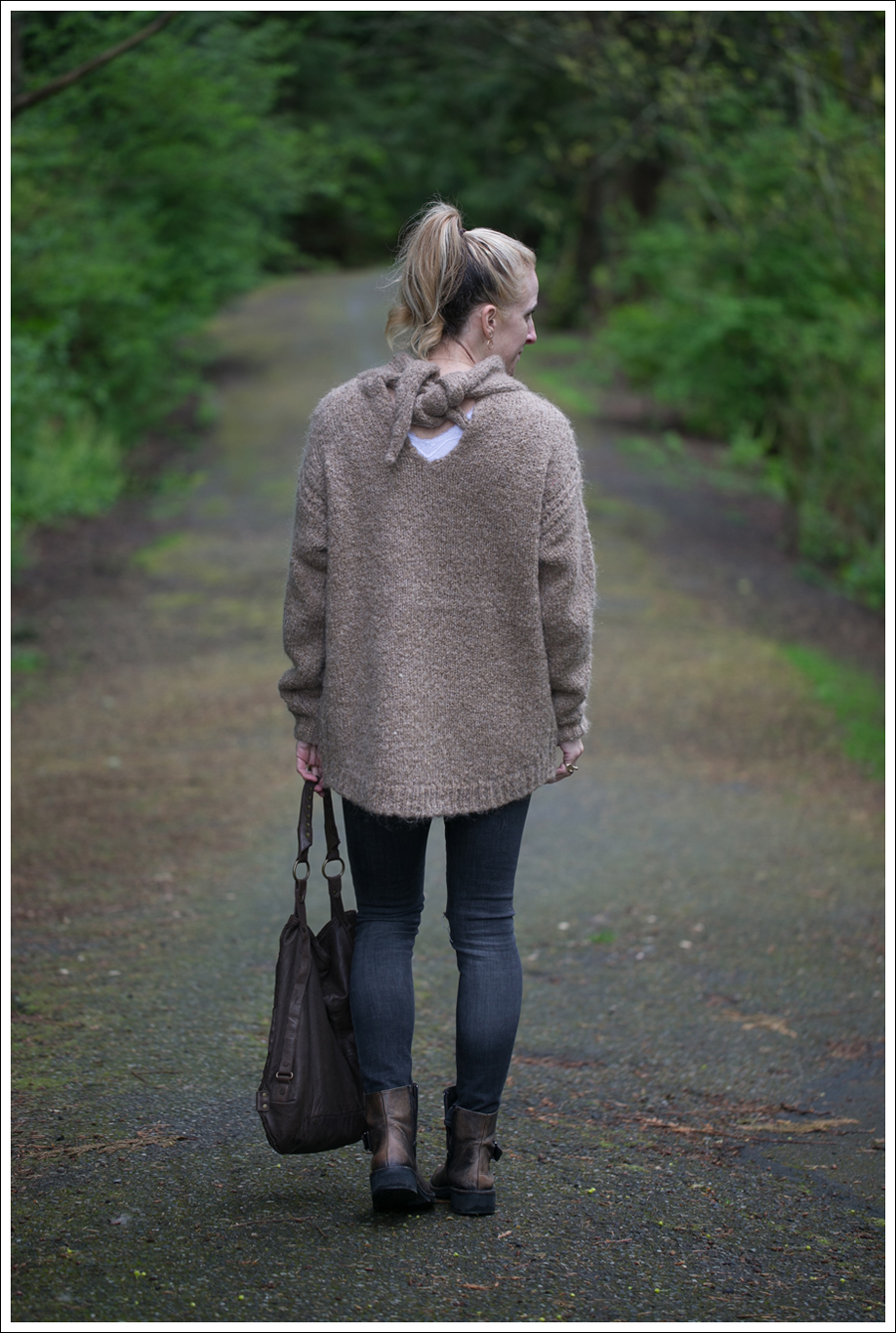 Blog Zara Tie Back Sweater Paige Destroyed Blue Heights Cafe Noir Boots Doma Leather Purse-4