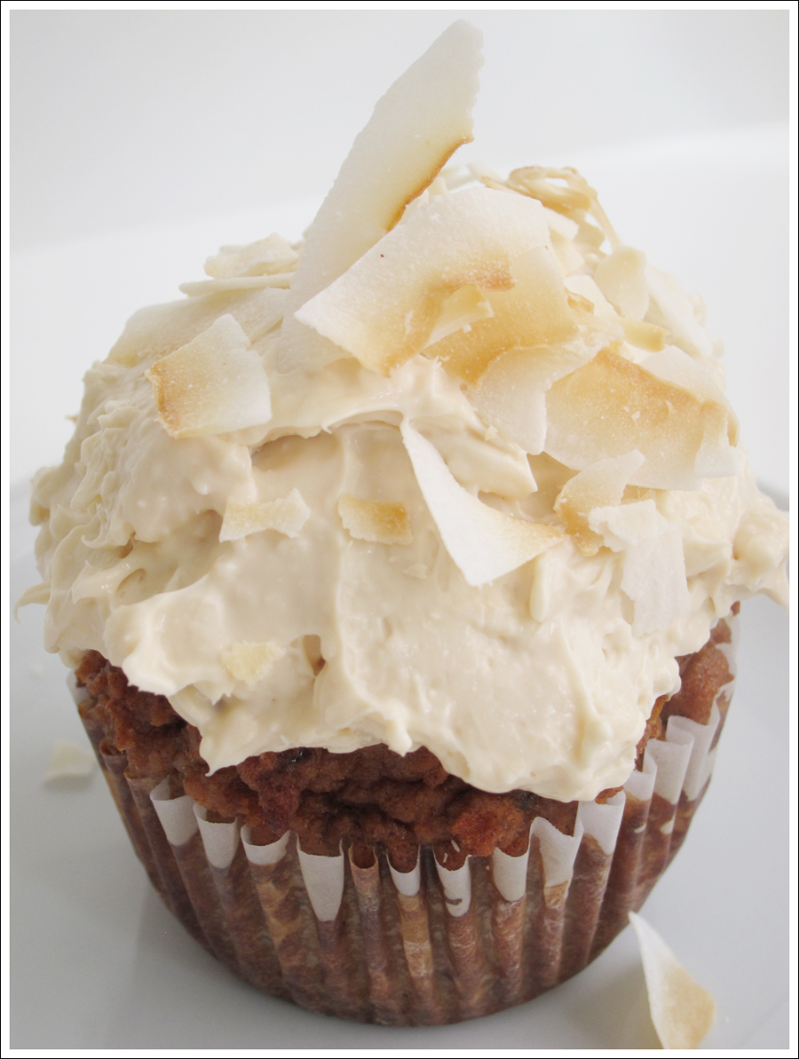 Blog carrot cupcakes cream cheese frosting coconut-1
