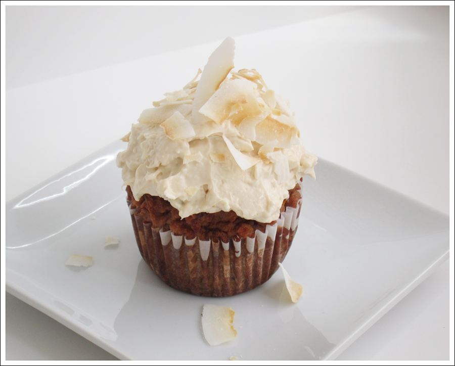 Blog carrot cupcakes cream cheese frosting coconut-2