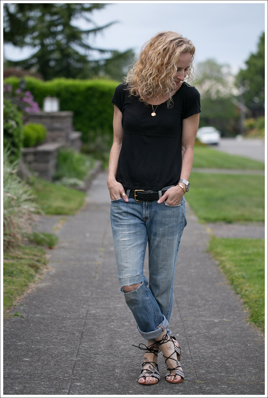 Blog StyleMint Black Tee Old 7FAM Destroyed Bootcut Bland and White Zara Tie up Sandals-1