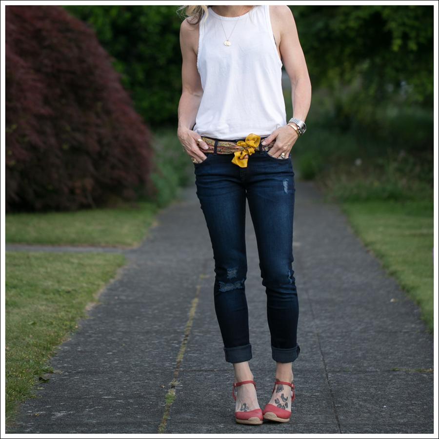 Blog Zara Muscle Tank Vintage Silk Scarf DL1961 Amanda Skinny Seville Me Too Espadrill Wedges-2