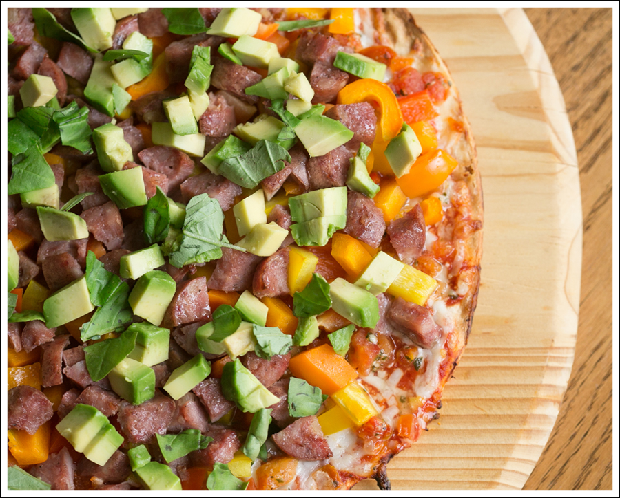 blog Costco Healthy Cheese Pizza Aidells Chicken Sausage Peppers Avocado Basil-3