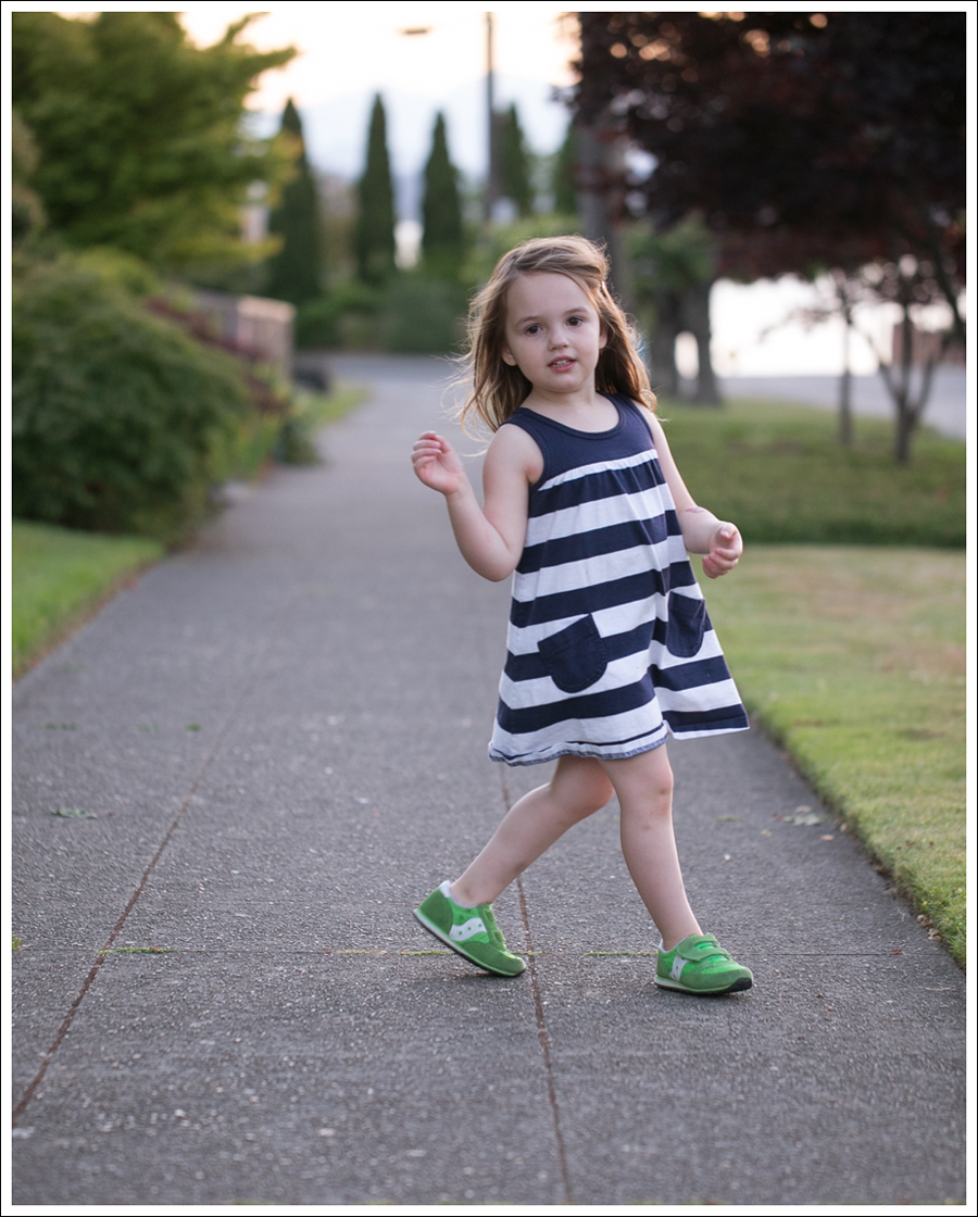 Blog Hanna Andersson Navy Stripe Dress Green Saucony-5