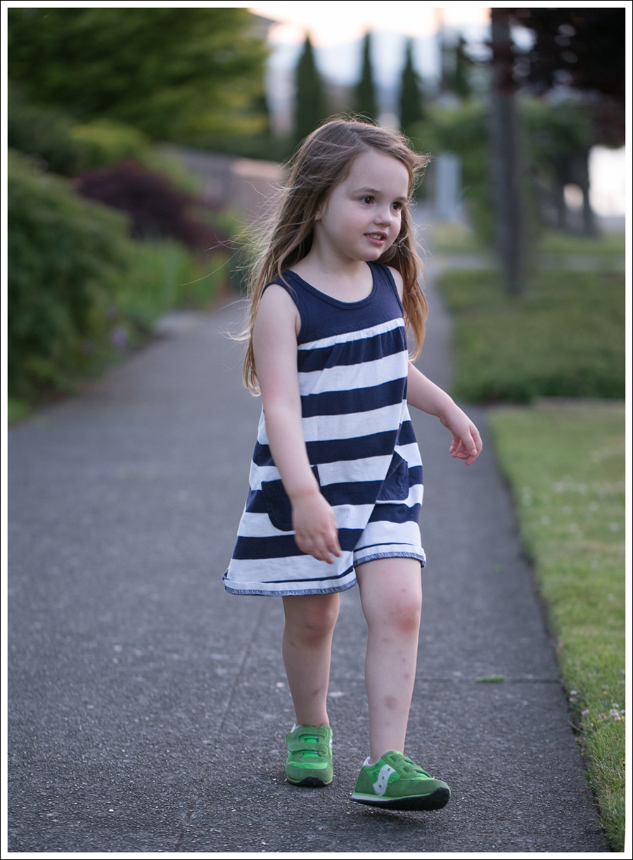 Blog Hanna Andersson Navy Stripe Dress Green Saucony-7