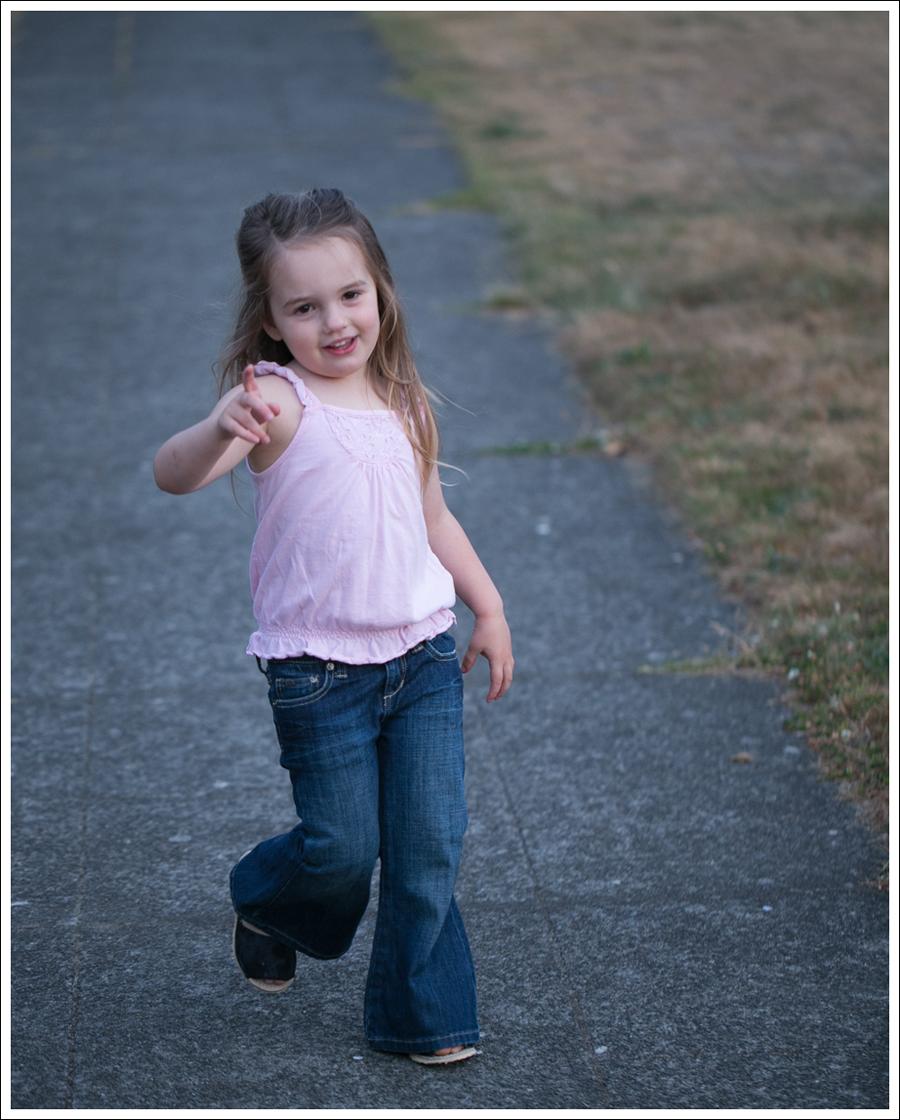 Blog Pink Old Navy Tank Wide Leg Flare Toddler Joes Jeans Eddie Mark Kids Sandals-12