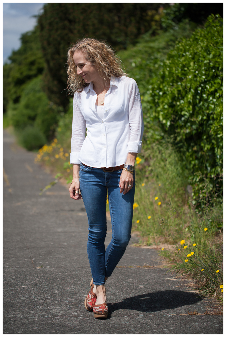 Blog Theory White Button Down AG Cropped Skinny Jeans Carlos Santana Tribe Clogs-1