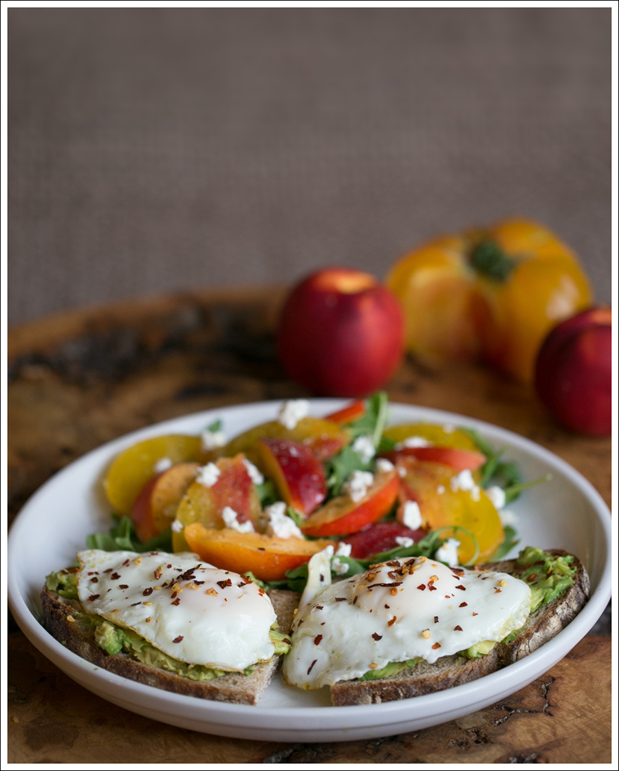 Blog Heirloom Tomato Nectarine Goat Cheese and Arugula Salad with Avocado Toast and Fried Egg-1
