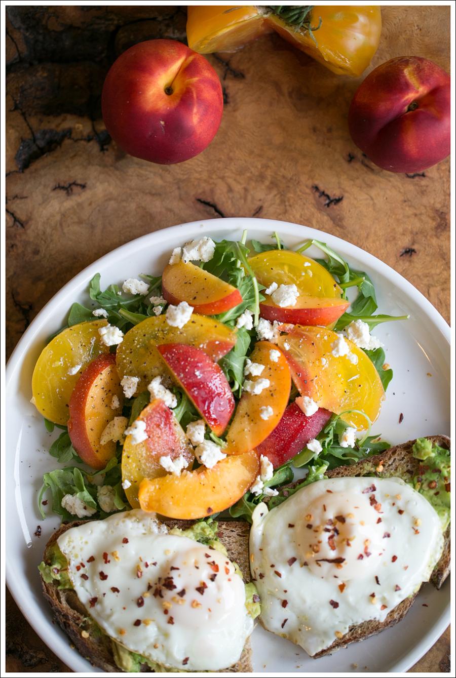Blog Heirloom Tomato Nectarine Goat Cheese and Arugula Salad with Avocado Toast and Fried Egg-5