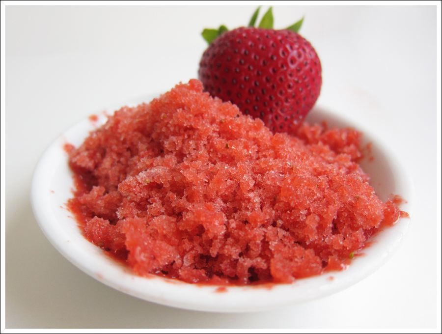 Blog strawberry balsamic granita-1